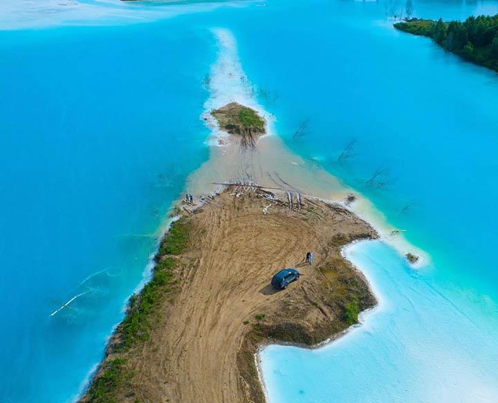 Pristine Siberian Maldives Offers Stunning Beach Views But